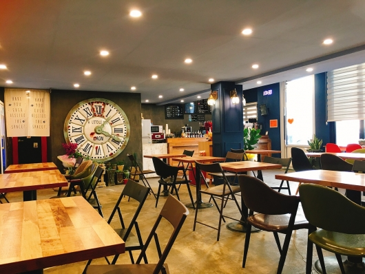 カフェや喫茶店